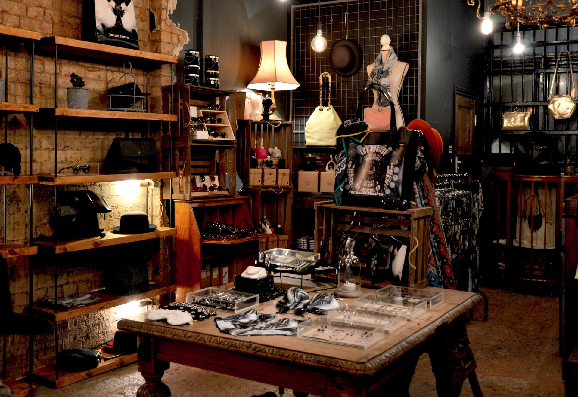 Refresh Your Summer Wardrobe at Lettie Gooch Boutique