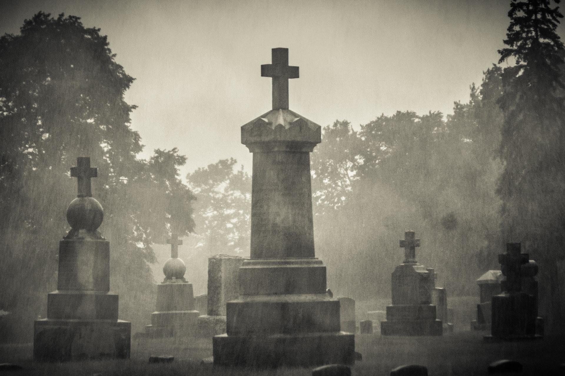 DC Ghost Tours: Spine-Tingling Halloween Fun Near Modern on M